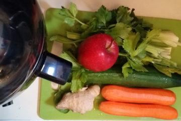 Karotten Ingwer Gurke Sellerie Apfel Saft